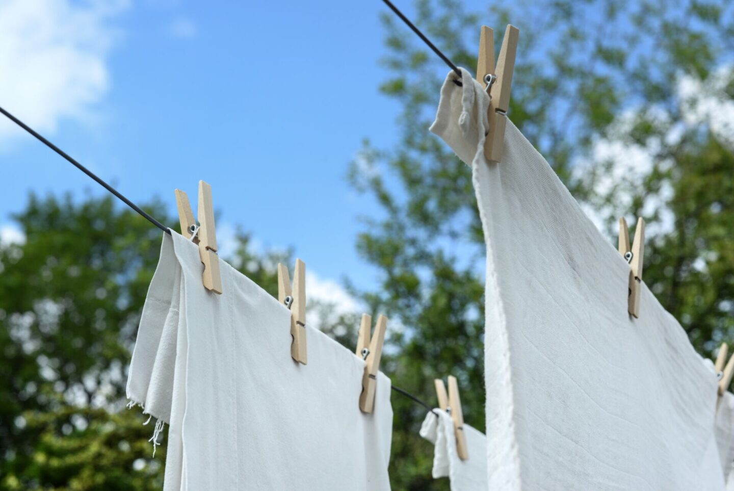How to Keep Your Clothes Smelling Fresh |Lifestyle